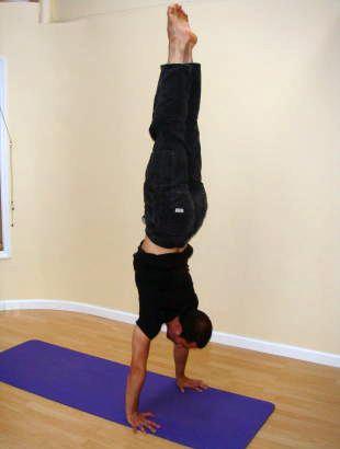 Adam Dobbs - Handstand